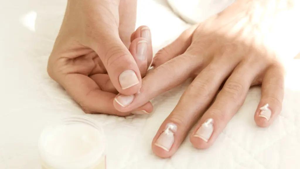 verzorging bij kapotte nagelriemen